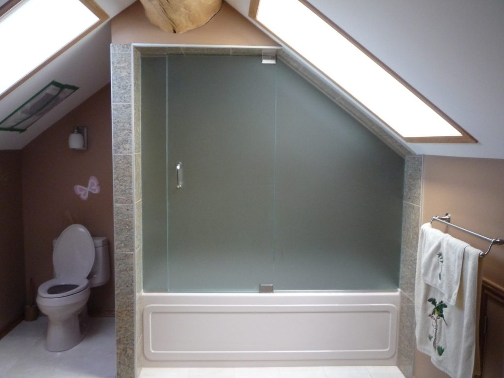 Angled roof shower glass